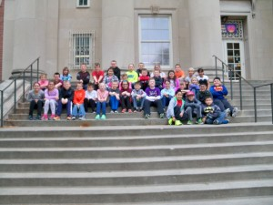 2016 May 4th grade trip to the capitol and snake lady 056