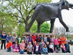2016 May 4th grade trip to the capitol and snake lady 066