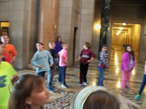 2016 May 4th grade trip to the capitol and snake lady 081