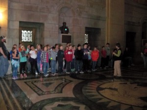 2016 May 4th grade trip to the capitol and snake lady 085